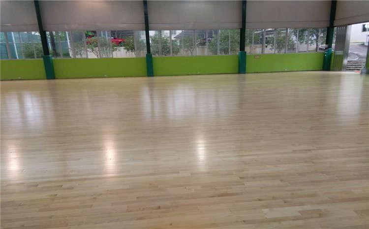 橡胶木羽毛球馆木地板一平米价格