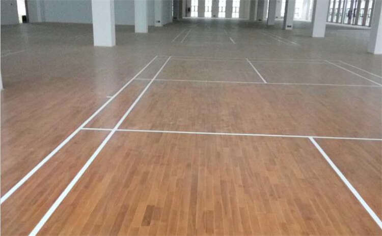 学校羽毛球馆木地板每平米价格