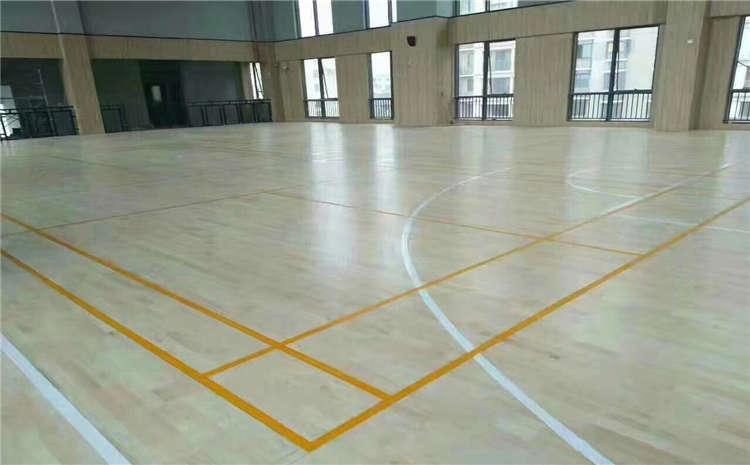 五角枫羽毛球馆木地板厂家报价表