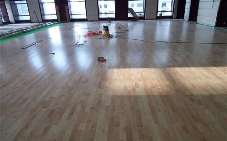湖南硬木企口籃球場地板十大品牌