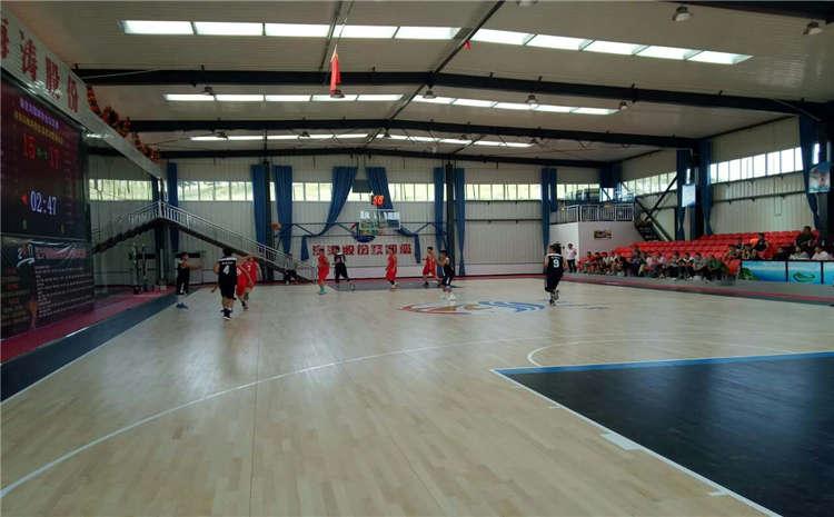 橡胶木体育馆木地板造价是的多少?