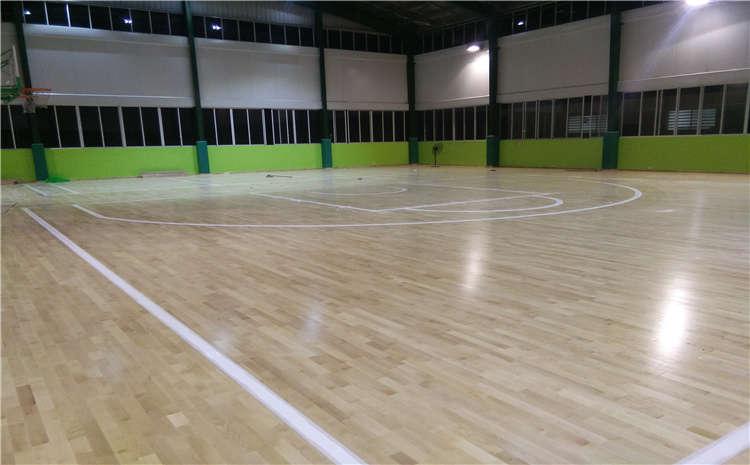 硬木企口篮球场木地板生产厂家