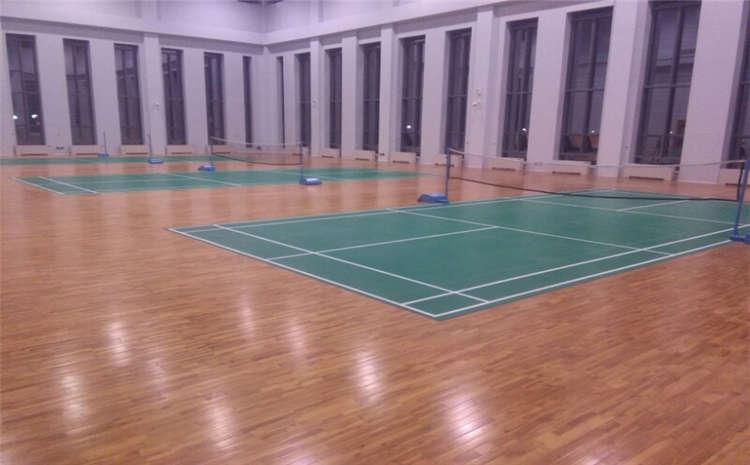 硬木企口舞台木地板翻新