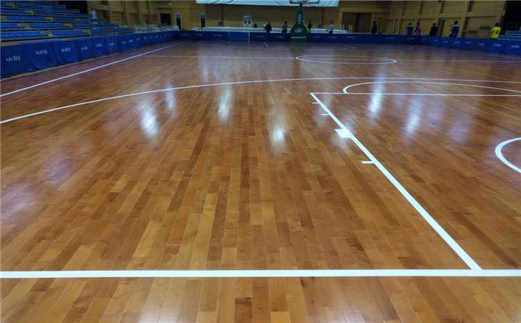 篮球场木地板的质量要求是什么?