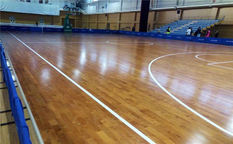 每平米价格篮球馆木地板松木
