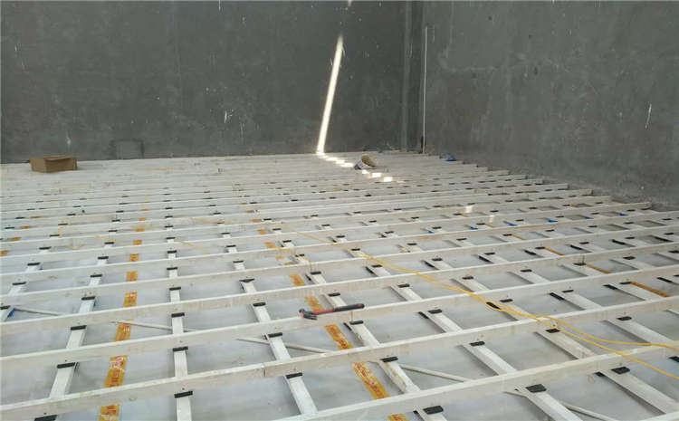 重庆枫桦木篮球场地板图片