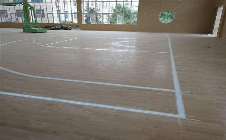 武汉枫木篮球场地板一般多少钱