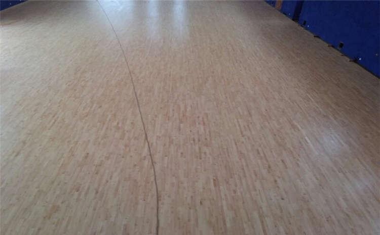 舞台实木地板怎么安装