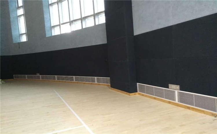 篮球馆木地板刷漆是个技术活