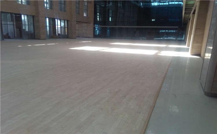 福州枫木篮球场地板都有哪些品牌