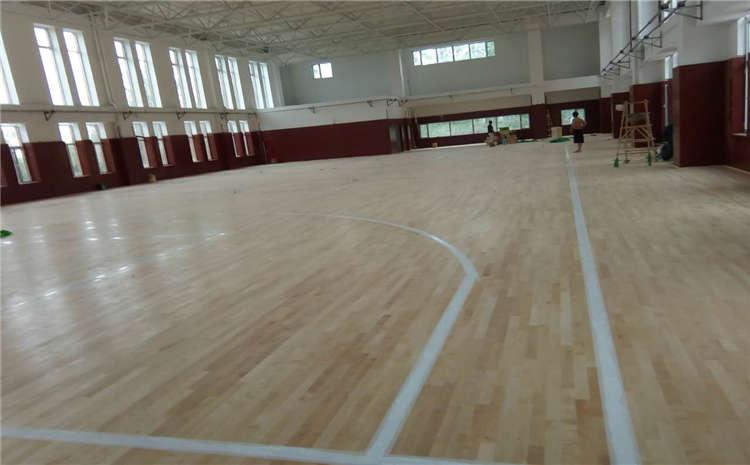 硬木企口舞台木地板施工工艺