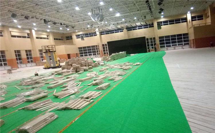 学校舞台木地板怎么安装