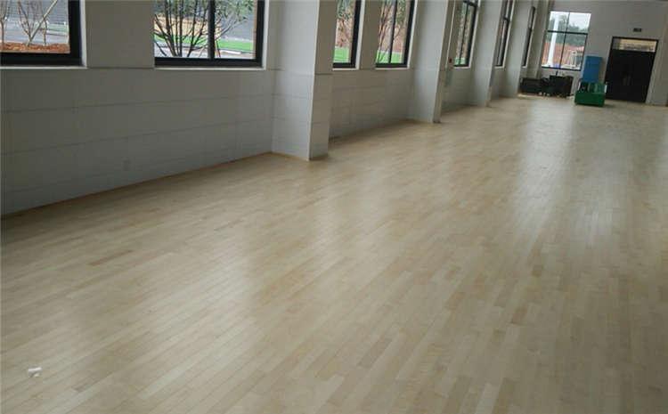 篮球场木地板如何才能又好又实惠?