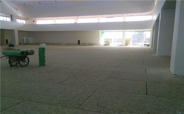 枫木舞台木地板多少钱一平米