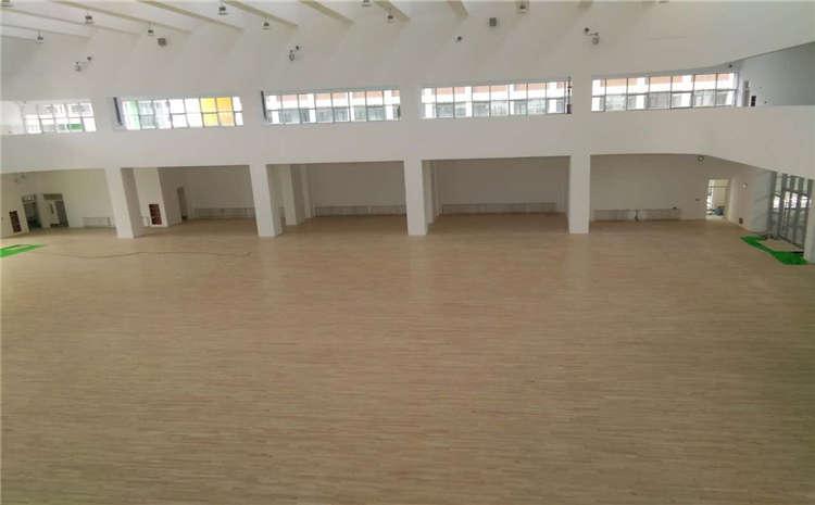 新疆枫桦木篮球场地板什么牌子好