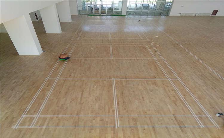 枫桦木运动体育地板多少钱一平米?