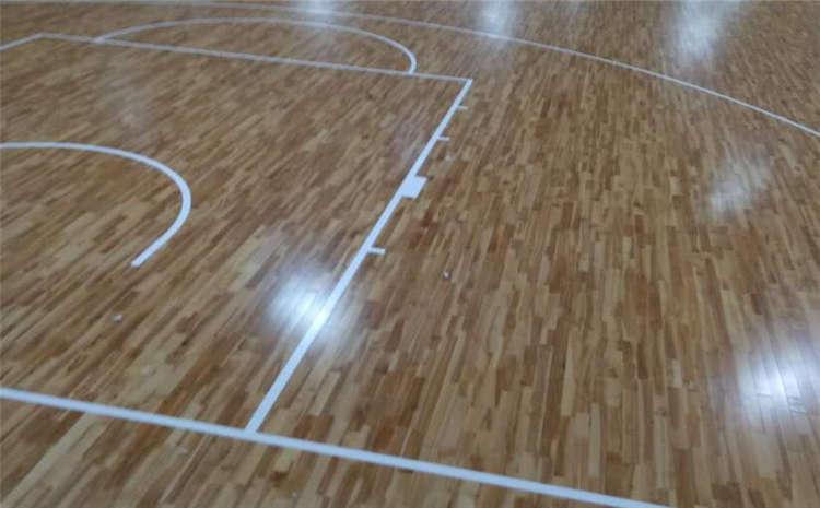 專用籃球場木地板一般多少錢