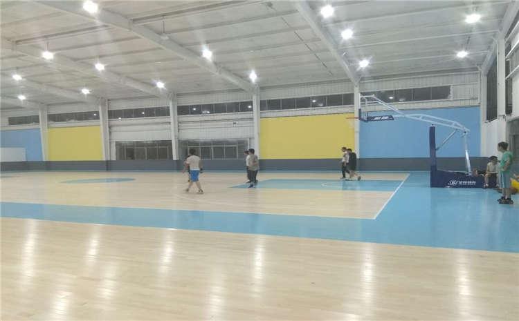 枫木风雨操场运动地板板式龙骨结构