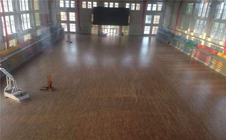 室内篮球场木地板多少钱