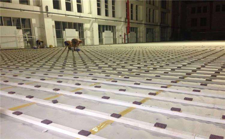 运动木地板色泽和质量有什么关系?