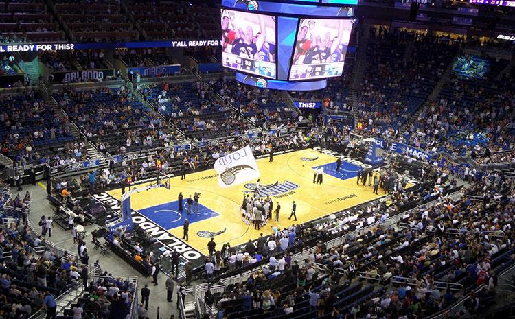 枫木企口运动木地板的色差是自然表现