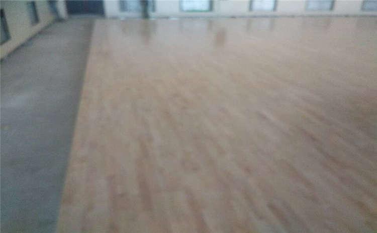 体育馆专用木地板安装多少钱一平?