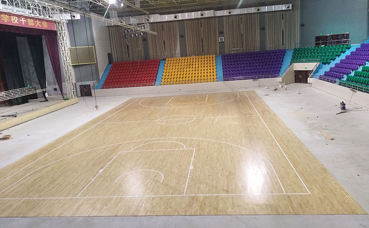 单层龙骨结构羽毛球馆木地板价格是多钱?
