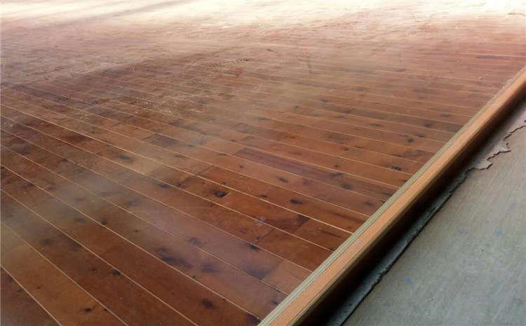 篮球场木地板铺装刷漆颜色差异是什么鬼?