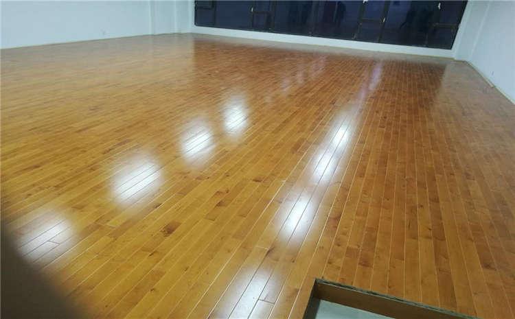 体育场馆为什么要铺装体育专用木地板?