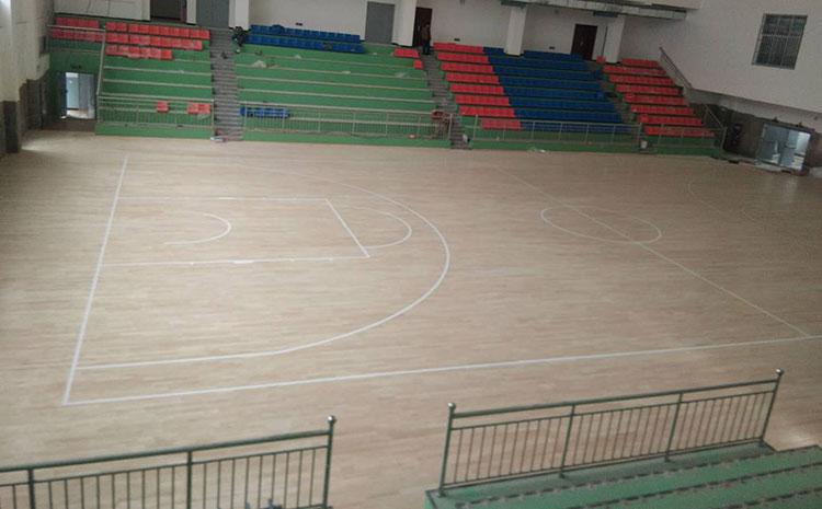 篮球场木地板系统防潮垫有什么用?