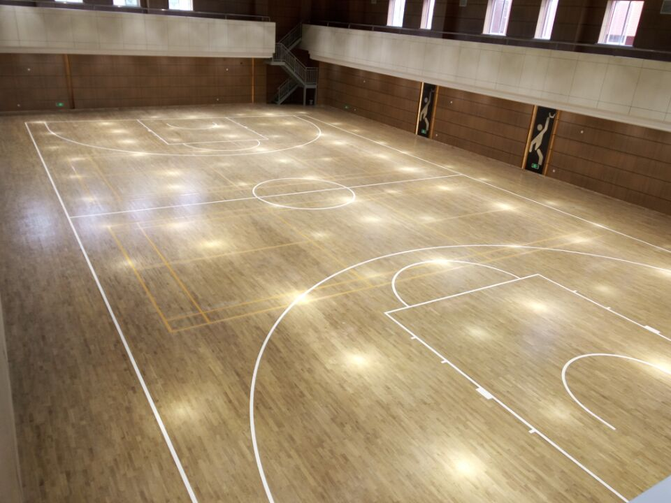 上海市宝山区高境中学篮球馆木地板成功案例