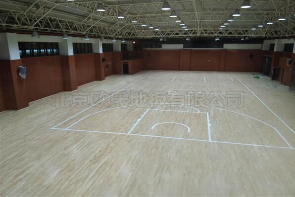 徐州树恩中学篮球馆木地板成功案例