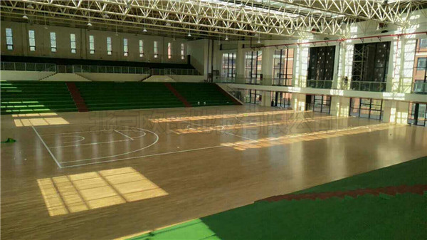 贵州省遵义市习水县*一中学篮球馆木地板案例