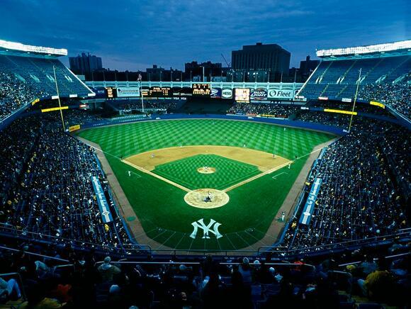 美国造价最昂贵的10大体育场--扬基体育场.jpg