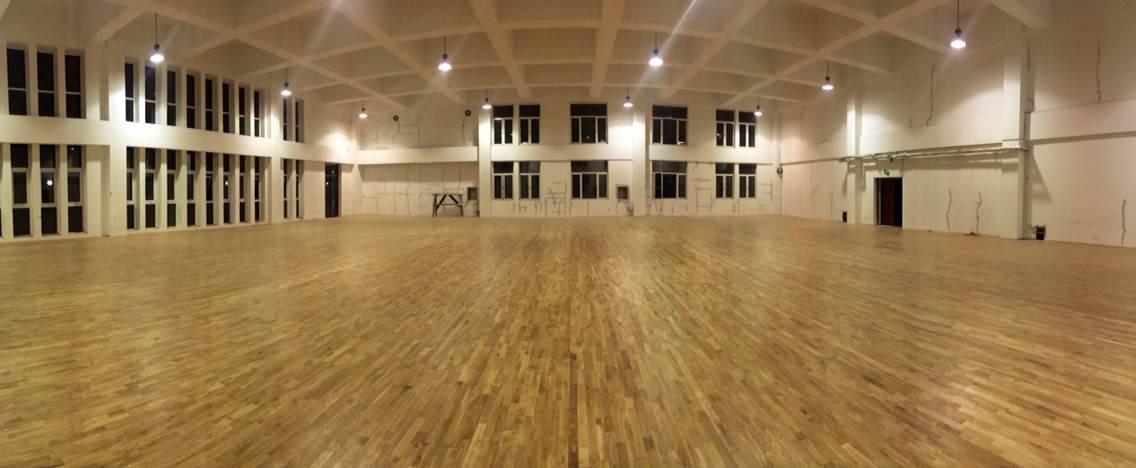 太行小学运动木地板铺设案例