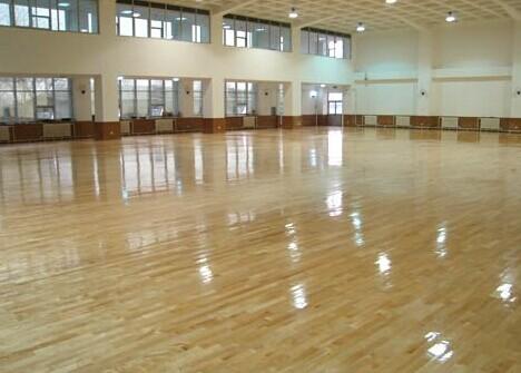 体育地板清洗的注意事项