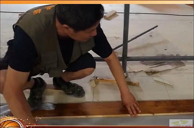 欧氏体育运动场馆木地板施工视频