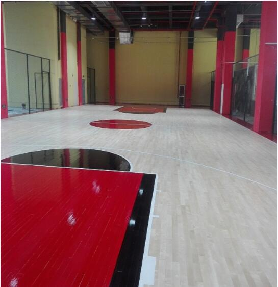 杭州OT体育中心篮球馆木地板施工案例