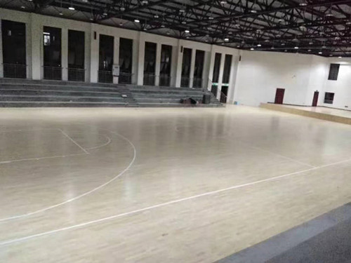 重庆市合川实验中学篮球场