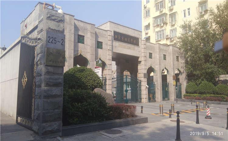 北京西城区回民学校篮球馆木地板项目