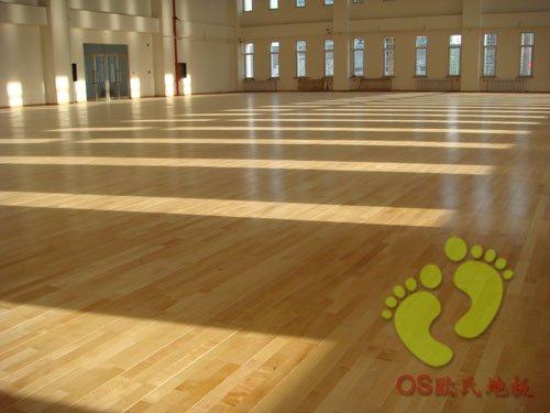 衡水市邓庄乡大葛村联办小学运动木地板铺设