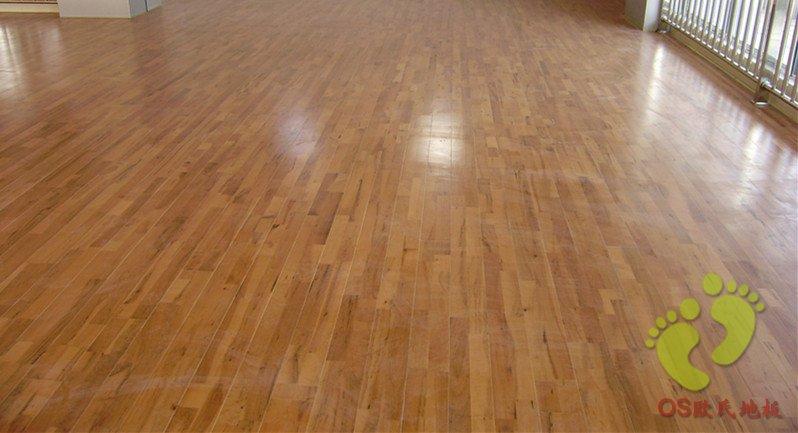福建三明尤溪县体育馆运动木地板铺设